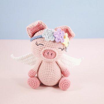 Papillon en papier: Miss Piggy - Free amigurumi pattern   795x794