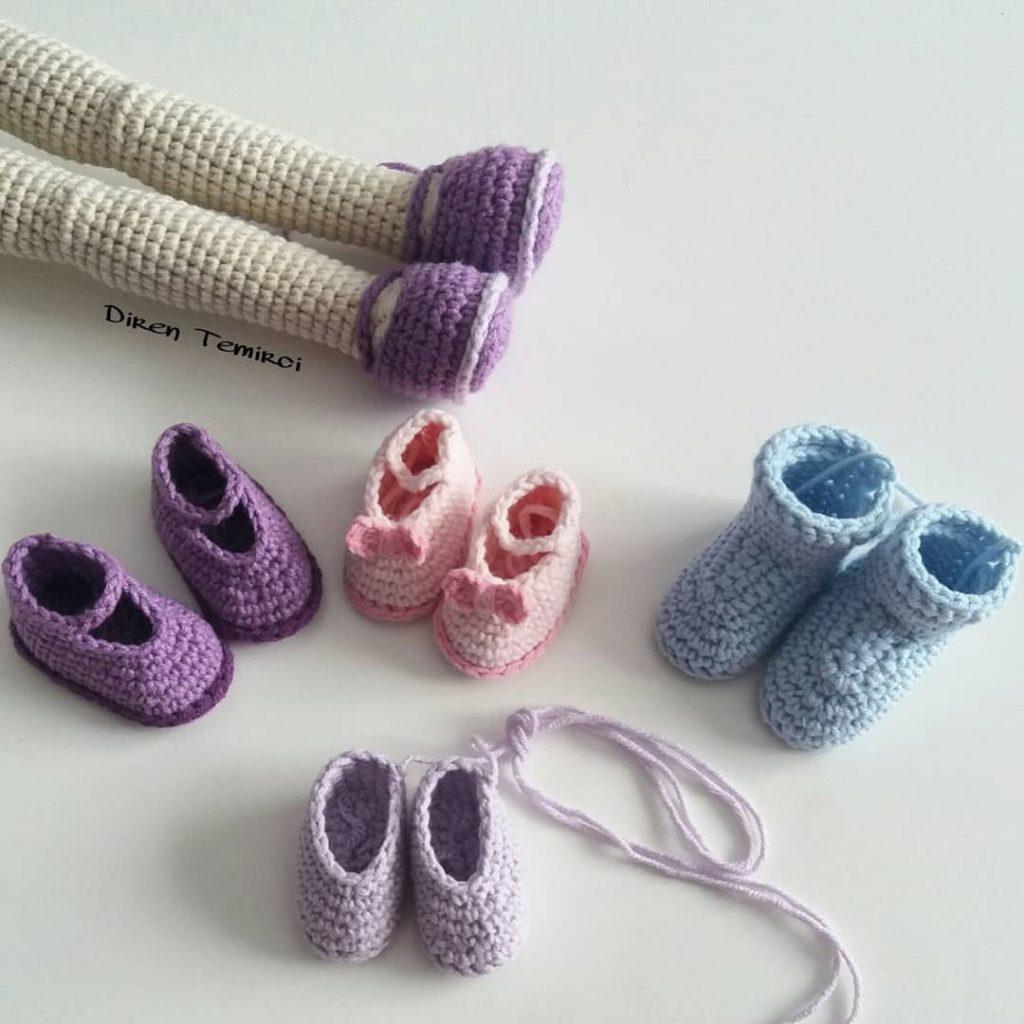 Amigurumi doll shoes by Yulia Baranova's. (Inspiration). | Crochet ... | 1024x1024