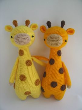 Amigurumi Giraffe Toy Free Crochet Patterns • DIY How To | 760x570